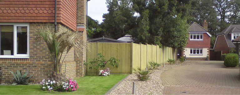 Fencing decking services medway maidstone chatham for Garden decking maidstone